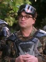 The Big Bang Theory : Saison 12 Episode 11, Règlement de compte au paintball